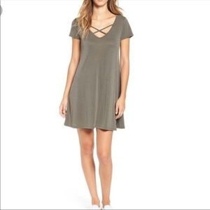 Socialite Cross V-Neck Dress Size XS